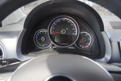 Volkswagen-e-Up!-17