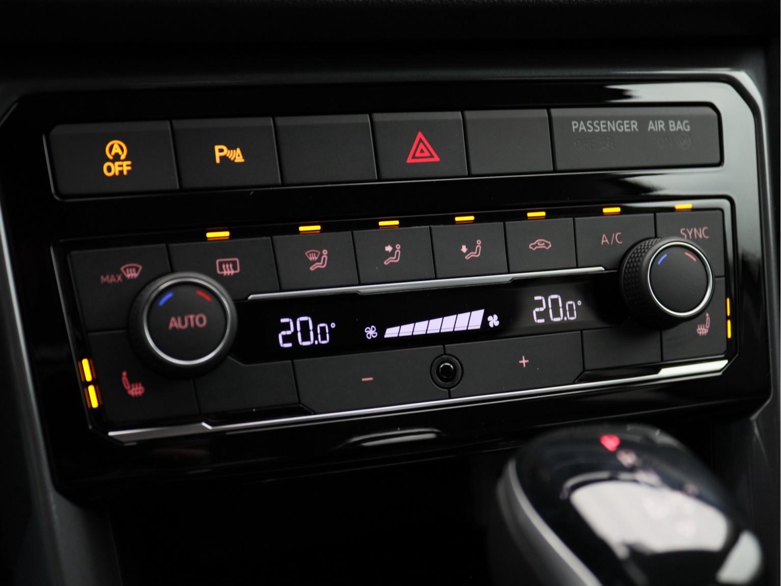 Volkswagen-T-Cross-23