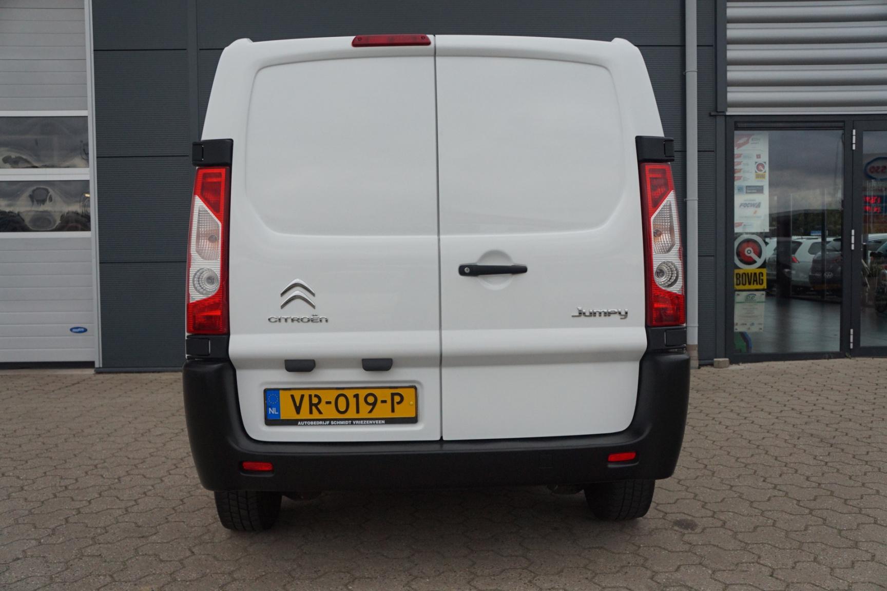 Citroën-Jumpy-14