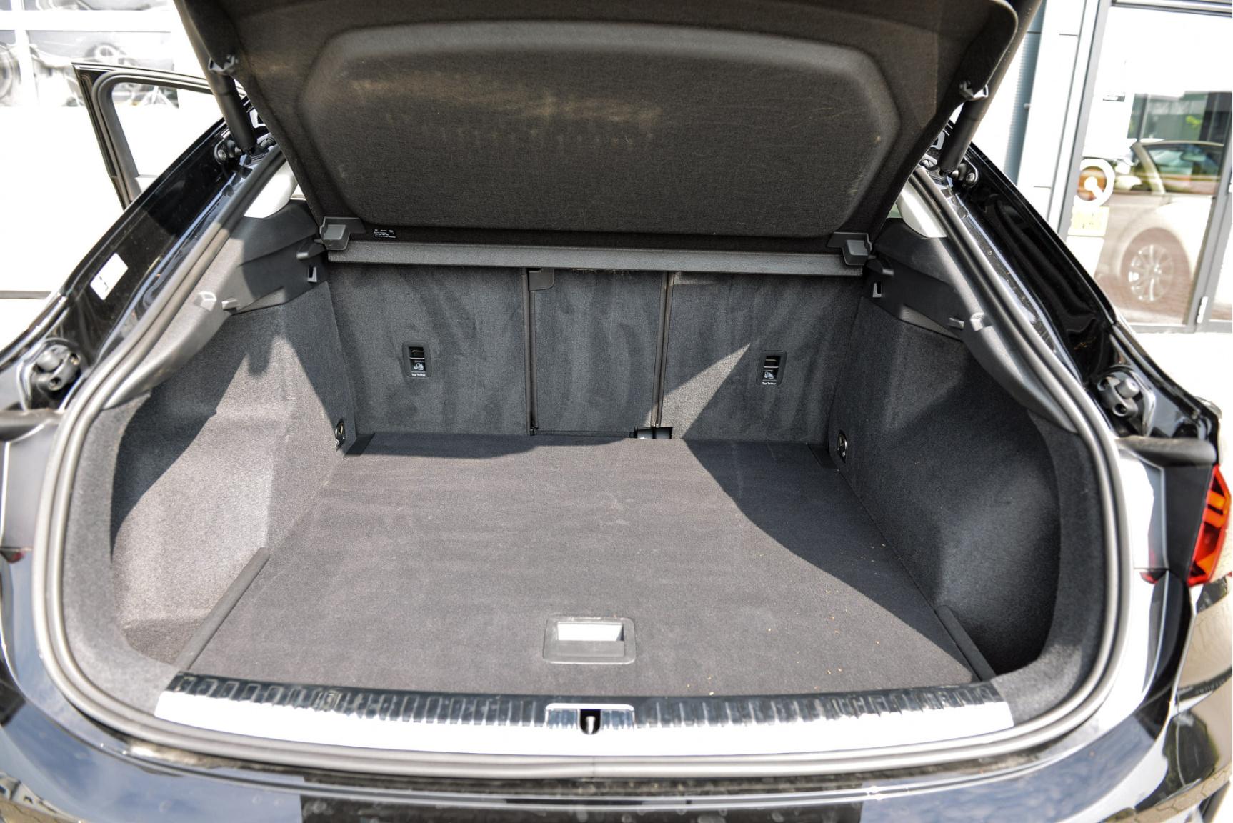 Audi-Q3 Sportback-23